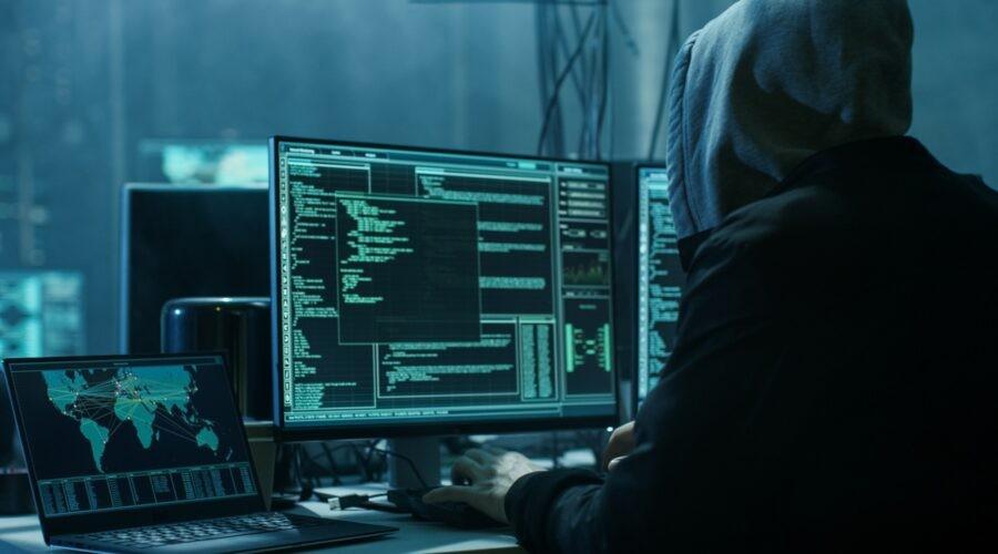 Hacker osnující DDoS útok