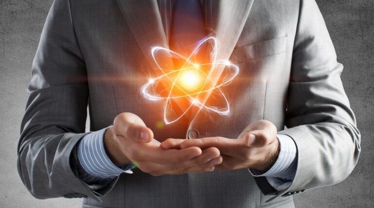Kvantový počítač funguje na úrovni atomů.