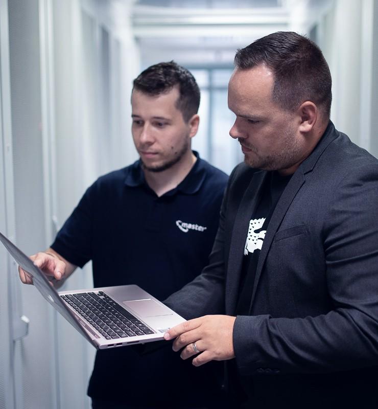 Obchodníci v pražském datacentru
