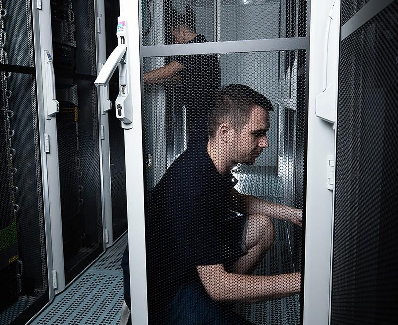 O servery je nutné systematicky pečovat.